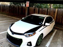 Toyota Corolla hood stripes side