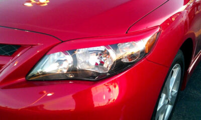 corolla red eyelids